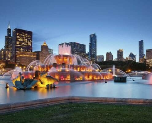 South Loop real estate for sale, South Loop condos for sale, South Loop lofts for sale, tips on buying a South Loop condo, living in the South Loop, chicago buckingham fountain