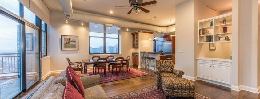 Printers Row Penthouse With Chicago Views - Dining