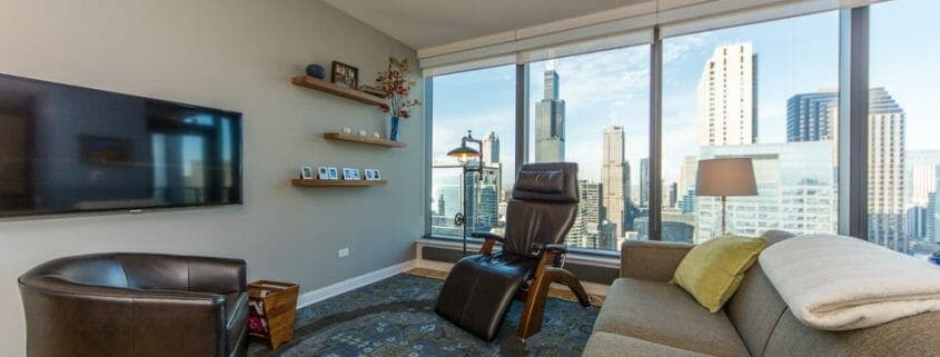 Chicago highrise condo with views - living area