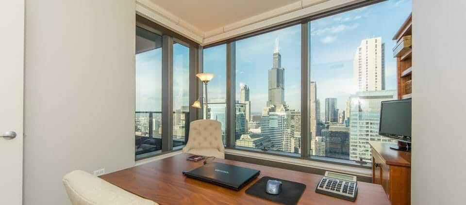 Chicago highrise condo with views - office