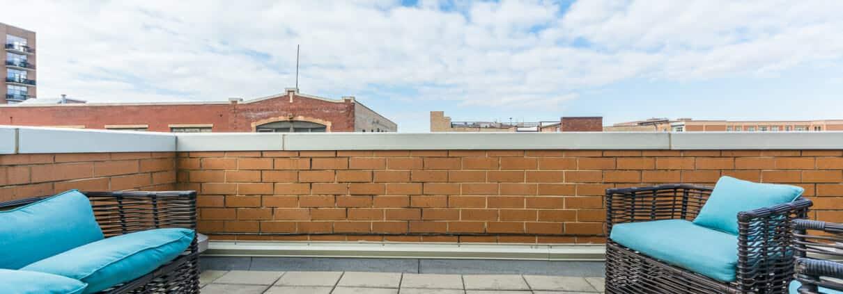 West Loop 3-Bedroom Townhome For Sale - Roof Deck