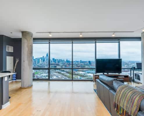 860 W Blackhawk St Chicago, IL - Lincoln Park Penthouse With Views