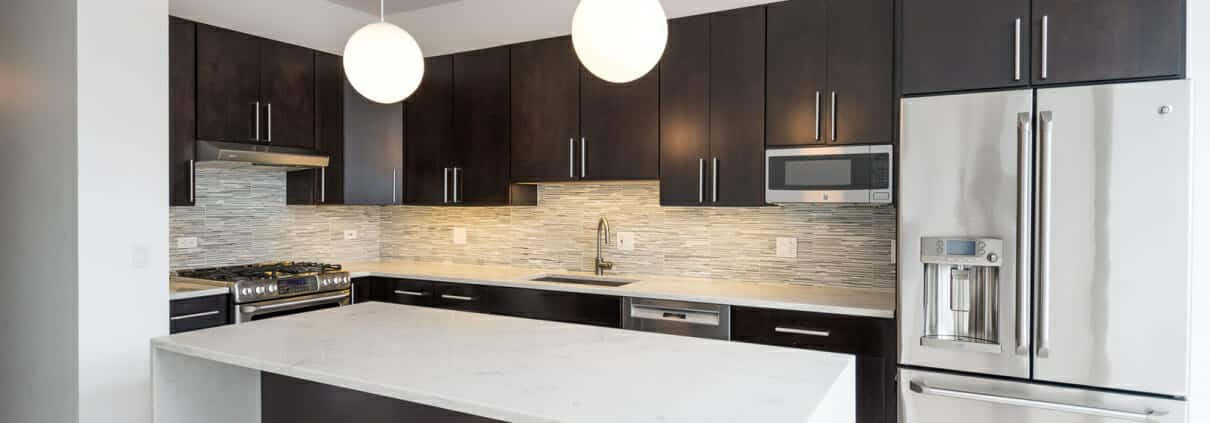 Modern Kitchen at 737 W Washington 2203 Chicago IL 60661