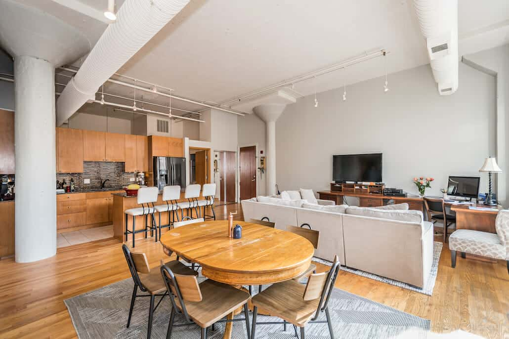 547 S Clark 901, Chicago IL - Living, Dining, Kitchen - epic loft living
