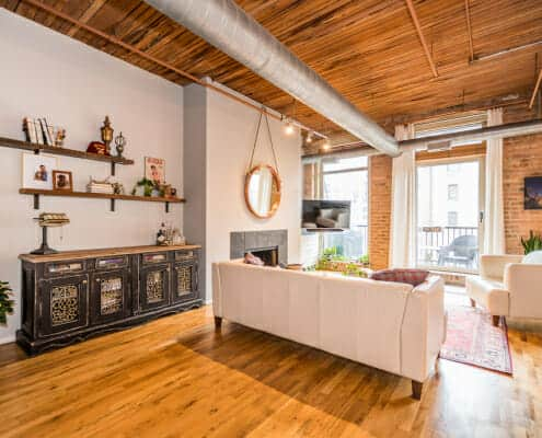 Chicago River North timber loft - 550 Kingsbury unit 316 - living area