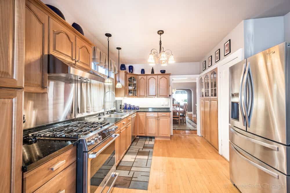 6647 N. Washtenaw Ave - Kitchen