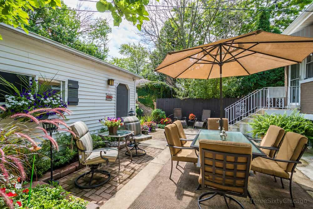 6647 N. Washtenaw Ave - Rear patio