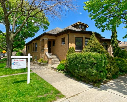 2656-W-Coyle-Chicago-IL-Charming-Brick-Bungalow
