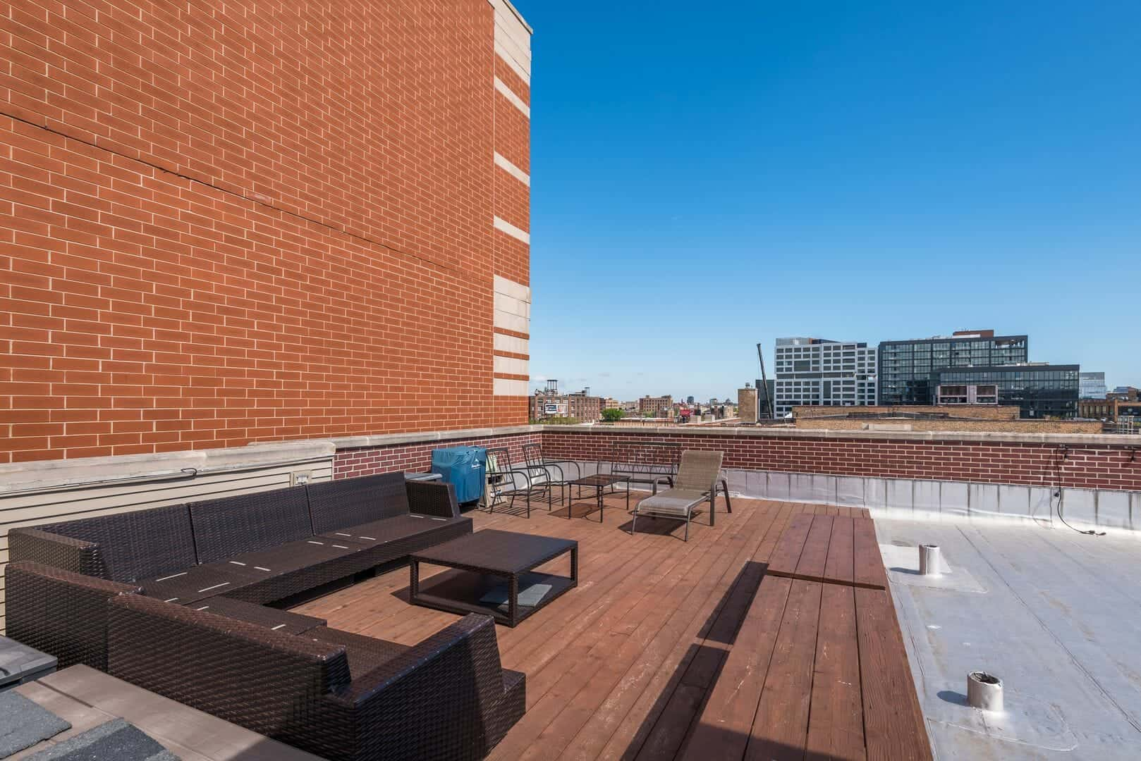 Roof Deck 347_W_Washington_Blvd_Unit_4B__4