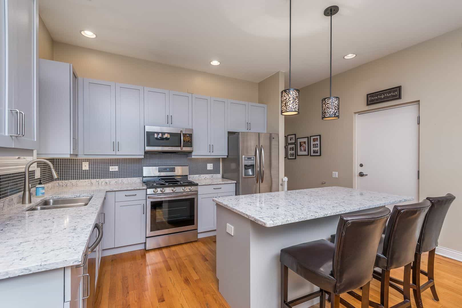 Updated Kitchen_1347_W_Washington_Blvd_Unit_4B__12