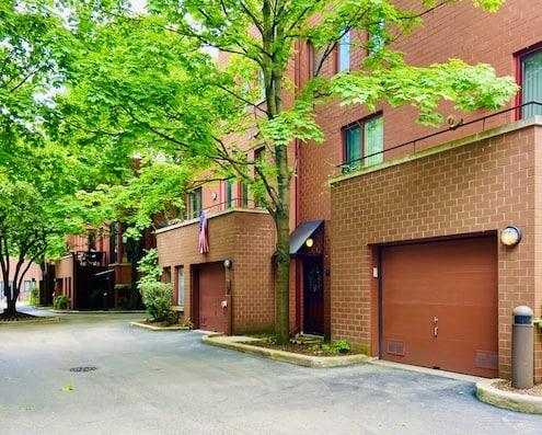 Dearborn Park Homes For Sale, Chicago Dearborn Park Real Estate