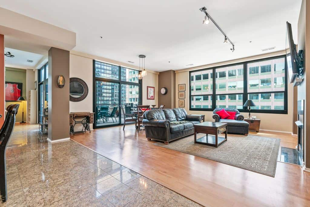 Living area at 130 South Canal Street, Unit 9M, Chicago IL 60606