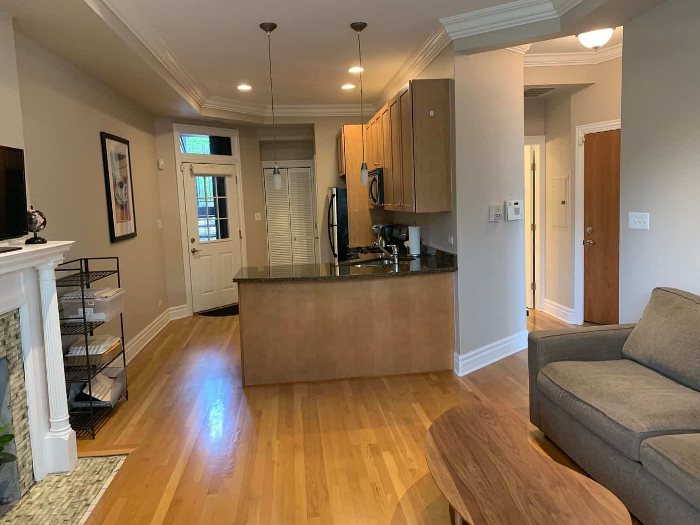 Photo of kitchen in Crilly Court condo at 1707 N Crilly Court #2W.
