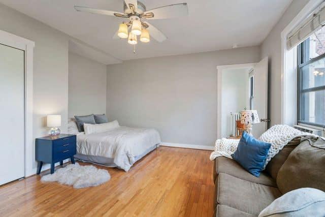 Bedroom two in 725 W Sheridan Road Unit 702