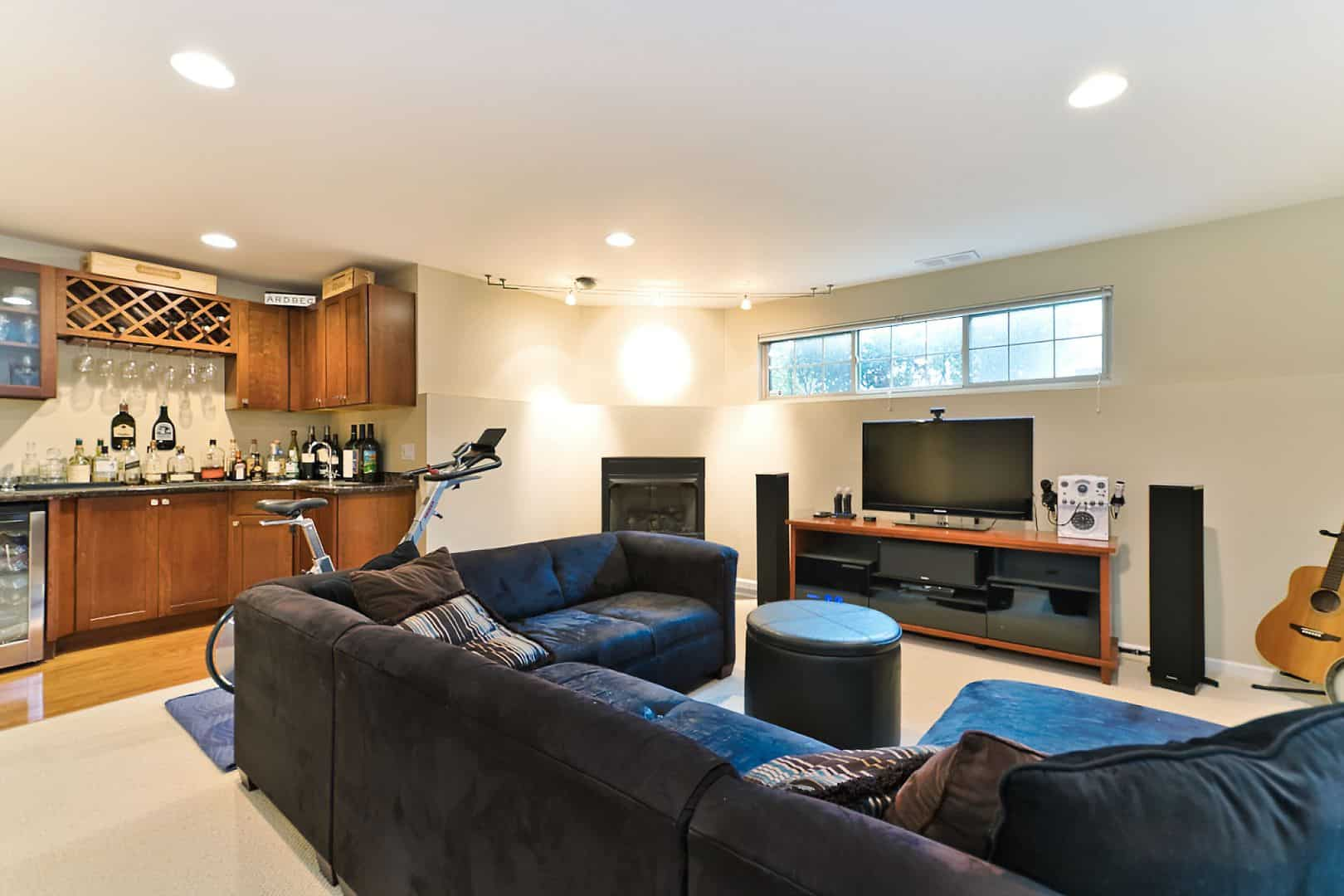 1821 North Talman Ave - West Bucktown Home - Finished Basement