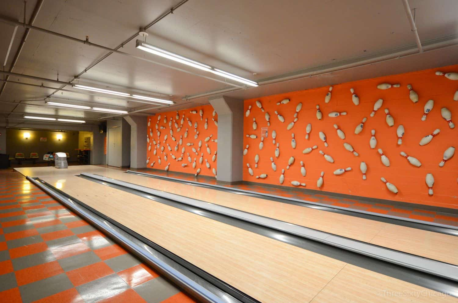 West Loop Junior One Bedroom Condo - 565 W Quincy Street, Unit 1211, Chicago, IL 60661 - Bowling
