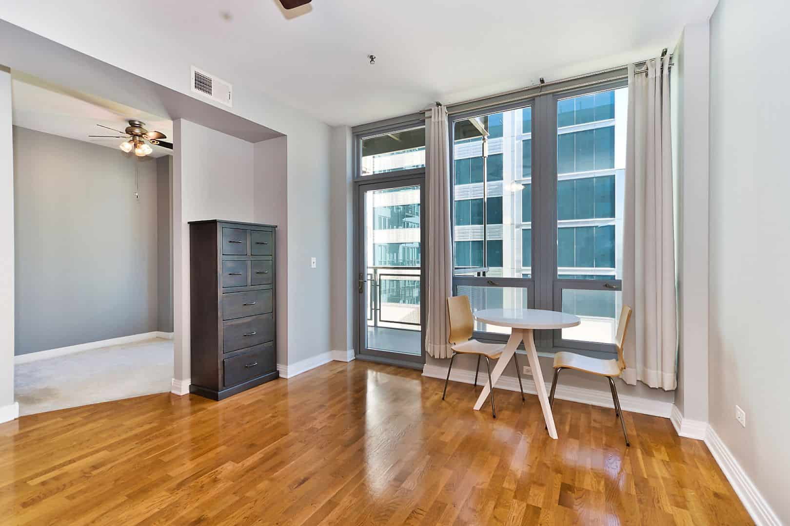 West Loop Junior One Bedroom Condo - 565 W Quincy Street, Unit 1211, Chicago, IL 60661 - Living - Bedroom Alcove