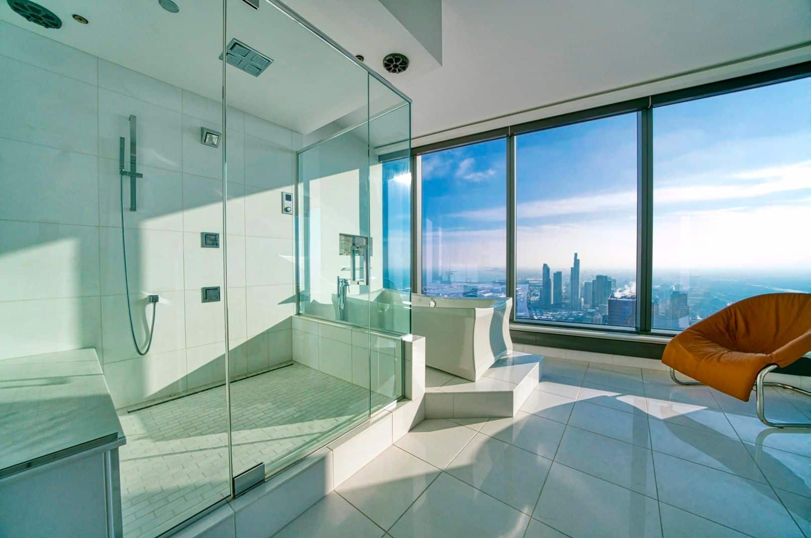 Spectacular Downtown Chicago Penthouse Rental - Bath
