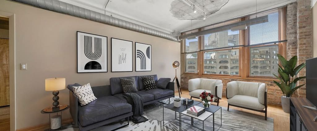 Two Bedroom Authentic Printer's Row Loft - Living Area