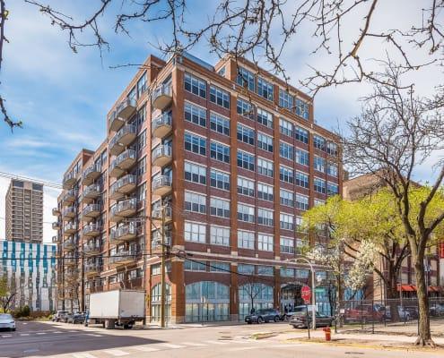 933 W Van Buren #716, Chicago IL 60607 - Building Exterior