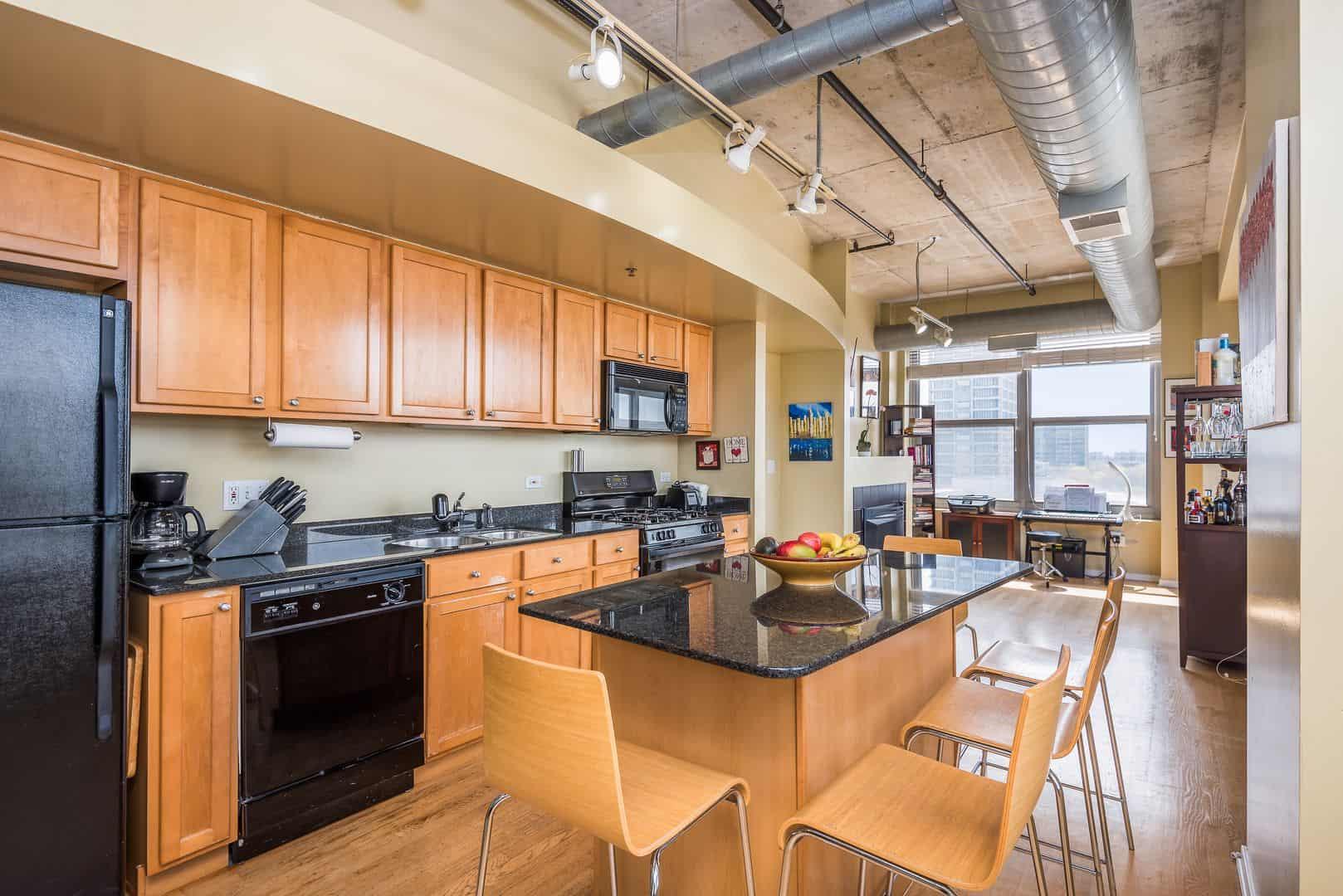 933 W Van Buren #716 - Kitchen